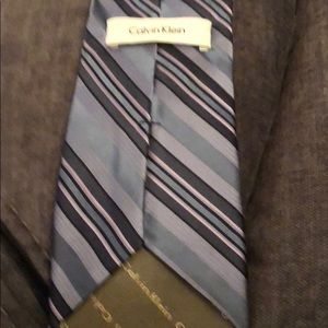 Calvin Klein Accessories - Calvin Klein Blue striped tie